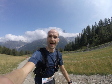 Fake smile on the climb up to Flegere!